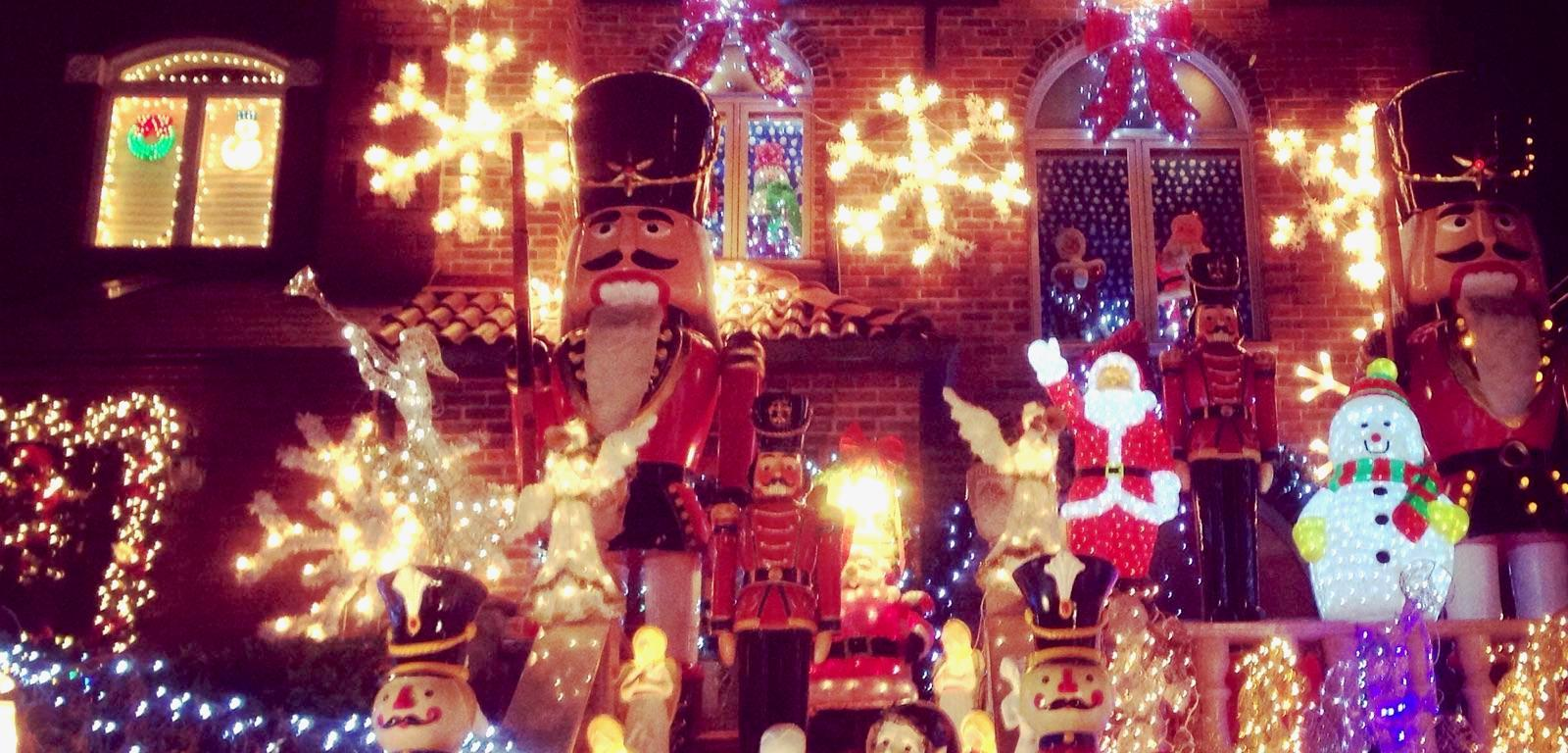 dyker heights christmas lights fooddrink walking tour